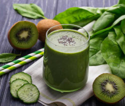smoothie_spinaci_kiwi_1