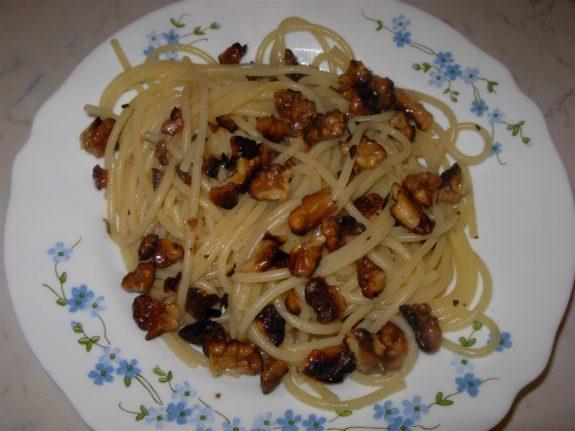 spaghetti_noci_733
